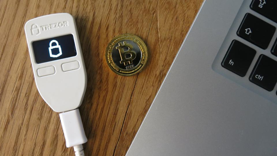 устройство для холодного хранения криптовалюты