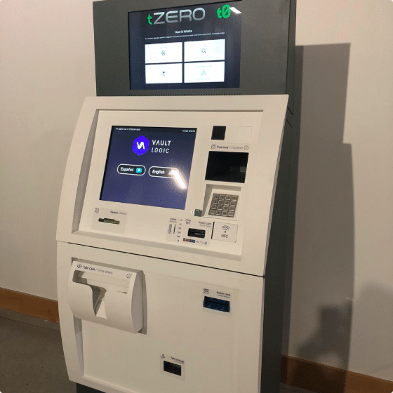 Первый банкомат Равенкоин
