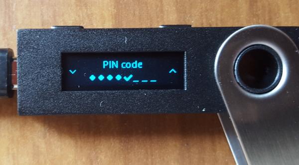 Холодный кошелек Ledger Nano S. Краткий обзор