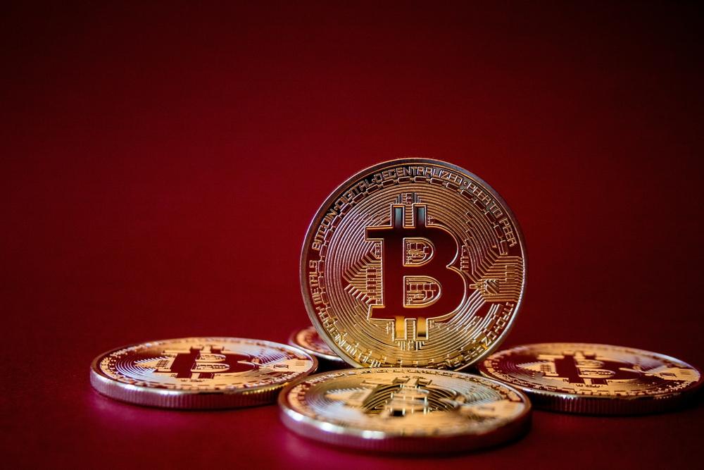 первая криптовалюта в мире